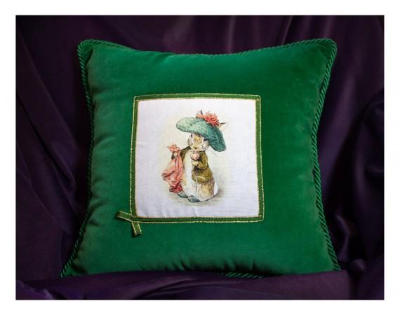 """Pillow """"Green Easter"""""""